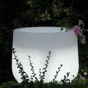 Argento Illuminated Planter